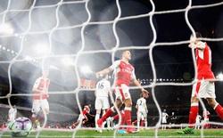 Mesut Oezil phá vỡ kỷ lục Premier League về số cơ hội tạo ra trong một trận đấu