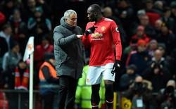 """Mourinho """"dỗi"""", dừng họp báo sau 6 phút. Klopp: Người ta mở nhạc to thì đã sao?"""