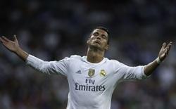 """Ronaldo cay cú khi Mourinho thổ lộ """"ngôn tình"""" với Matic"""