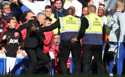 Sau màn suýt ẩu đả, Mourinho hành xử lịch thiệp đến khó tin
