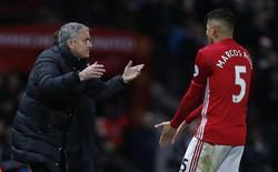 """Không sợ địch thủ nào, nhưng ngôi sao Man United lại """"tái mặt"""" vì câu đùa của Sir Alex"""
