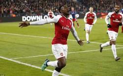 """Arsenal đặt một chân vào """"địa ngục"""" của Barca, nhưng Welbeck đã cứu rỗi tất cả"""