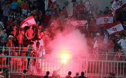 Bóng V-League lăn trong lo lắng, bất an
