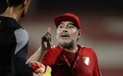 Bênh vực Messi, Maradona không tiếc lời xỉa xói HLV Argentina