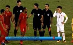 """Hết khiêu khích lại """"đánh lén"""" U23 Việt Nam, cầu thủ Indonesia nhận thẻ đỏ xứng đáng"""