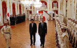 """Singapore - """"Đột phá khẩu"""" giúp Nhật kiềm chế Trung Quốc ở biển Đông?"""