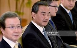 """Sức ép """"gậy và cà rốt"""" của TQ buộc Nhật phải """"thoái lui"""" trong vấn đề biển Đông tại G20?"""