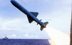 Hải quân Campuchia sắp nhận tên lửa chống hạm siêu âm của Trung Quốc?