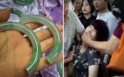 Lỡ tay làm vỡ vòng ngọc có giá hơn 1 tỉ đồng, người phụ nữ ngất xỉu ngay tại hiện trường