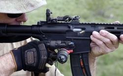 Găng tay giúp xạ thủ Mỹ bắn phát một nhanh không kém gì liên thanh