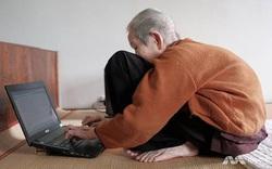 Vị khách hàng nữ đặc biệt nhất của Facebook: 97 tuổi, tự học chữ, viết sách, vẽ tranh và lên mạng nói chuyện với cháu trai mỗi ngày