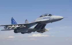 """Trang bị tên lửa mới, MiG-35 """"thảnh thơi"""" tấn công mục tiêu, Patriot với cũng chẳng tới!"""