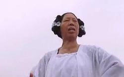 """Có ai còn nhớ bà thím """"xấu đặc biệt"""" trong phim Châu Tinh Trì"""