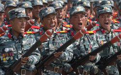 """Chuyên gia Mỹ phát hiện một loạt """"đồ giả"""" trong cuộc duyệt binh Triều Tiên"""