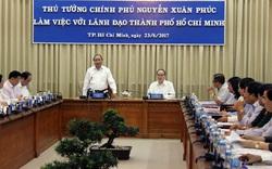 Thủ tướng Nguyễn Xuân Phúc làm việc với lãnh đạo TP.HCM