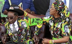 """Bị ép từ chức, cựu Tổng thống Zimbabwe vẫn được nhận khoản lương hưu """"kếch xù"""""""
