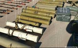 """QĐ Syria thu giữ kho tên lửa khổng lồ của IS đủ sức """"thổi bay"""" cả tiểu đoàn xe tăng"""