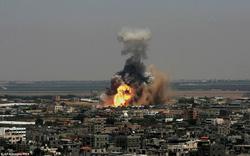 """Bị trúng tên lửa, Israel điều phi cơ giáng """"lửa giận"""" hủy diệt 6 mục tiêu Hamas"""