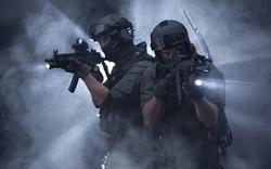 Lực lượng đặc nhiệm kết hợp đèn pin và súng khi tác chiến ban đêm như thế nào? (P2)