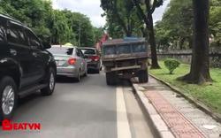 Chiếc xe tải trên phố Hà Nội bị chỉ trích nhiều nhất trên mạng xã hội ngày hôm nay