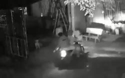 Hành động giữa đêm của 2 người đàn ông khiến dân mạng phẫn nộ