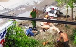 """Thanh Hóa: """"Kẹp 3"""" bỏ chạy, tông vào xe CSGT làm 2 người bị thương"""
