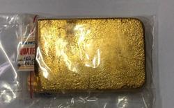 Hành khách mang vàng miếng trị giá gần 700 triệu đồng qua đường hàng không