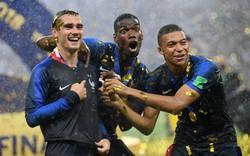 Chế nhạo nước Anh trong cơn phấn khích, Pogba chột dạ khi nhớ ra mình khoác áo Man United