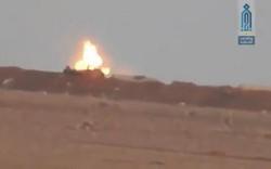 Video: Phiến quân nã tên lửa bắn gục tháp pháo xe tăng T-72 của Quân đội Syria