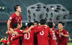 """Nhà cái châu Á """"nói"""" gì về khả năng thầy trò HLV Park Hang-seo đoạt vé vào vòng 1/8?"""
