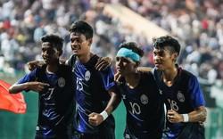 """Lại tạo bất ngờ chấn động, Campuchia hiên ngang """"khoác vai"""" Việt Nam, Thái Lan vào bán kết"""