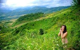 Bi hài chuyện hotgirl nude giữa thiên nhiên