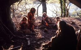 Rợn người với bộ tộc sống bằng cách ăn thịt đồng loại