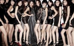 """Quái đản với cuộc thi """"Khoe chân dài"""" rầm rộ khắp Trung Quốc"""