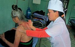 Nữ y sĩ tật nguyền có đôi bàn tay vàng