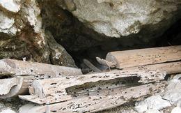 Bí ẩn những bộ quan tài treo trong hang núi