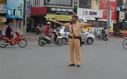 Cảnh sát giao thông về hưu vẫn ở nhờ nhà vợ