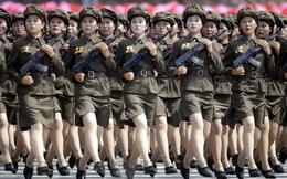 """Lực lượng nữ binh """"chân ngắn"""" của Triều Tiên"""