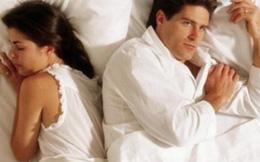 """Chồng đuối sức vì vợ """"50 yêu như 30"""""""