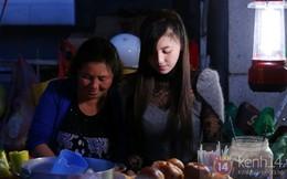 """Cận cảnh cuộc sống của """"hot girl bán bánh tráng trộn"""""""