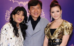 Những cha mẹ nuôi siêu giàu, siêu sang của sao Việt