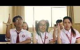 Xuất hiện clip lan truyền chóng mặt về trường Ngoại Thương