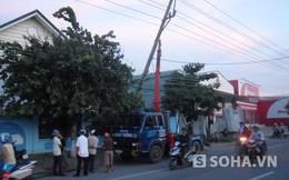 Bình Dương: Rơ moóc tông gãy trụ điện, hàng ngàn hộ dân mất điện