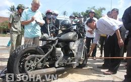 Quảng Ngãi: Xe mô tô vài chục nghìn đô bốc cháy dữ dội