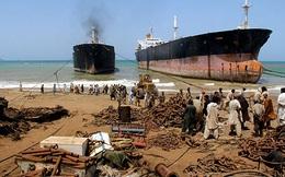 Cận cảnh nghĩa địa tàu thuyền lớn nhất thế giới