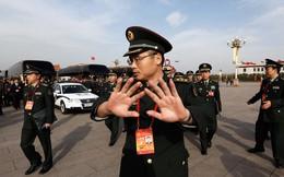 Bảo kê buôn lậu, quân đội Trung Quốc bắt cả phái viên Thủ tướng