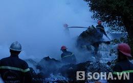 TP.HCM: Kho xưởng rộng hàng nghìn m2 bốc cháy dữ dội