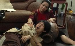 Xuân Hinh rách rưới, nằm sõng xoài cạnh Thanh Thanh Hiền