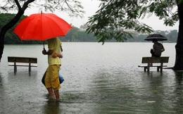 Những hình ảnh rất lạ về Hồ Gươm trong ngày Hà Nội ngập nặng