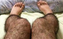 Trung Quốc: Phụ nữ phấn khích với tất lông chân chống...hiếp dâm